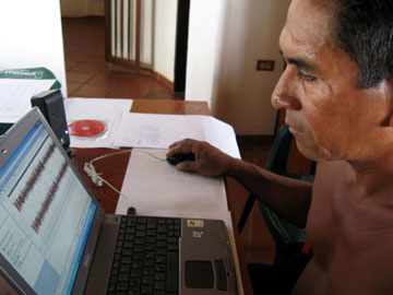 Ye'kwana Leader Emilio Rodríguez editing audio for his community's cultural library..