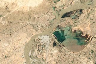 Seasons of the Indus River:June 6, 2009