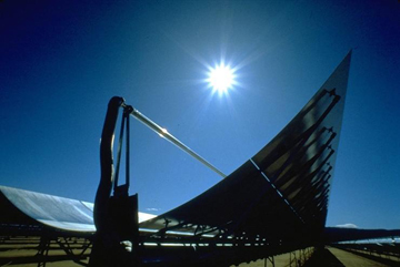 Solar power trough in the US. Photo by: Sandia National Laboratory.