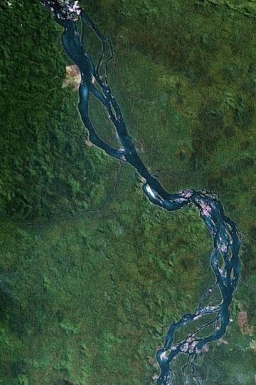 Imagen de parte del río Xingu vista con Google Earth.